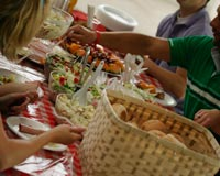 Let your congregation bring food to your 5K fundraiser idea and host a potluck raffle!